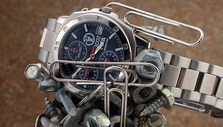 đồng hồ bị nhiễm từ